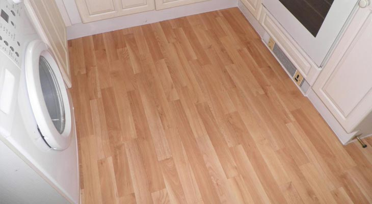 Vinyl flooring in horsham london and surrey euro pean for Vinyl cushion flooring for kitchens