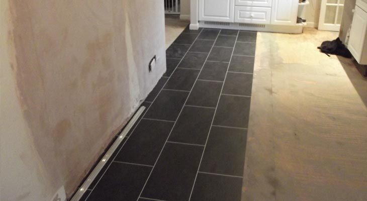 Laying the Amtico vinyl tiles