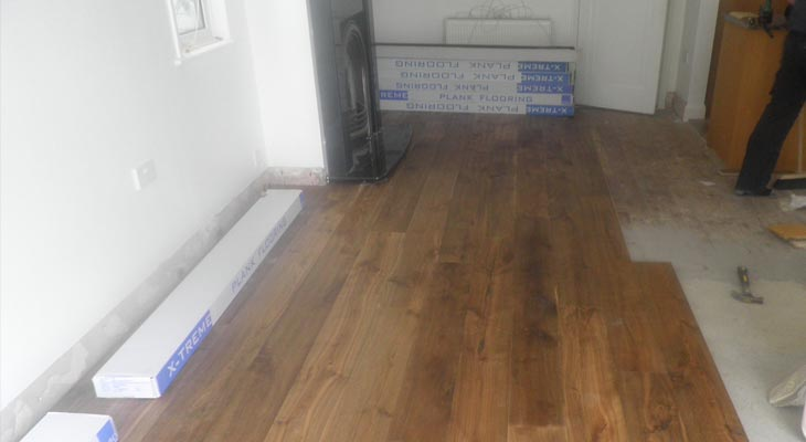 Stacking wood flooring to work more efficiently